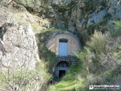 Azud del Mesto - Cascada del Hervidero;valle de la barranca laguna de gredos parques naturales madri